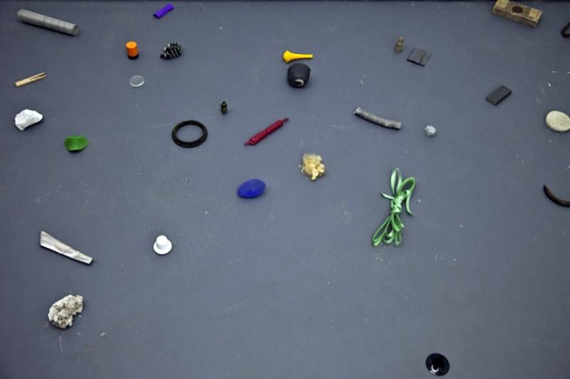 Solid Objects (2012) Sanna Marander, curator : Stefanie Hessler