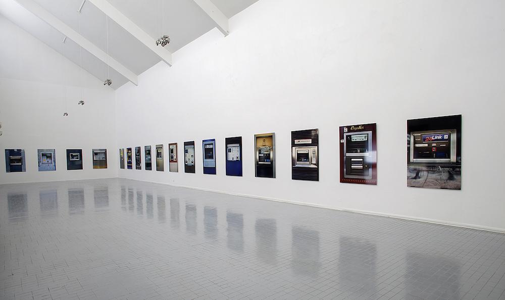 Manolis Baboussis, The Busts installation view, 2014, ISBA Besançon