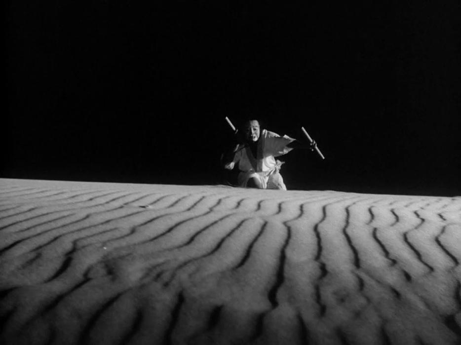 femme-sables-hiroshi-teshigahara-1